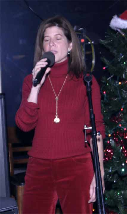 2003-BT-Xmas0091-Cropped-Co.jpg