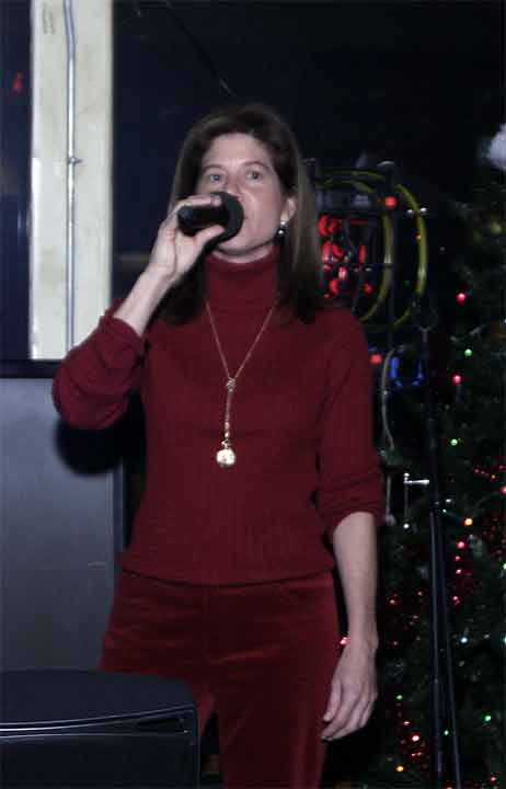 2003-BT-Xmas0094-Cropped-Co.jpg