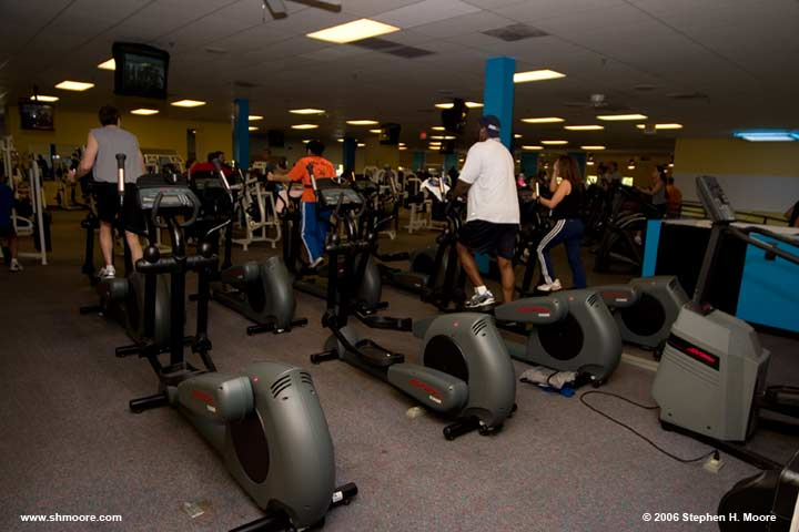 Bally Total Fitness CRW_0021 (web).jpg